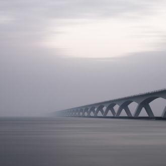 tablou canvas Bridge from nowhere UAR 020 1