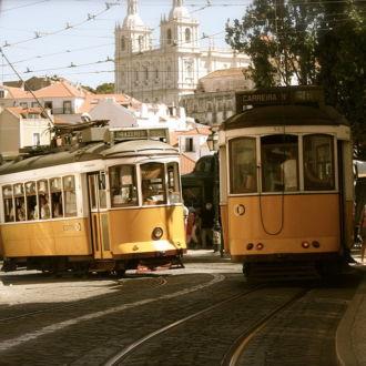 tablou canvas Old Yellow Lisbon Tram TRL 003 1
