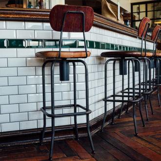 tablou canvas Pub Chairs RIN 007 1