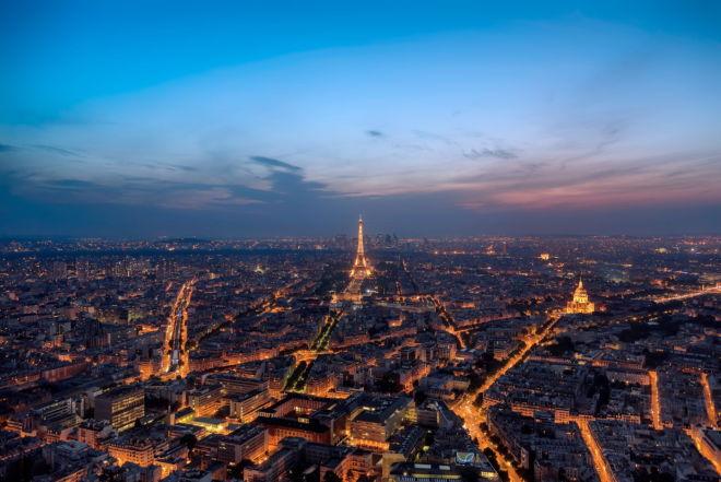 tablou canvas centrul parisului de la inaltime UNL 028 1